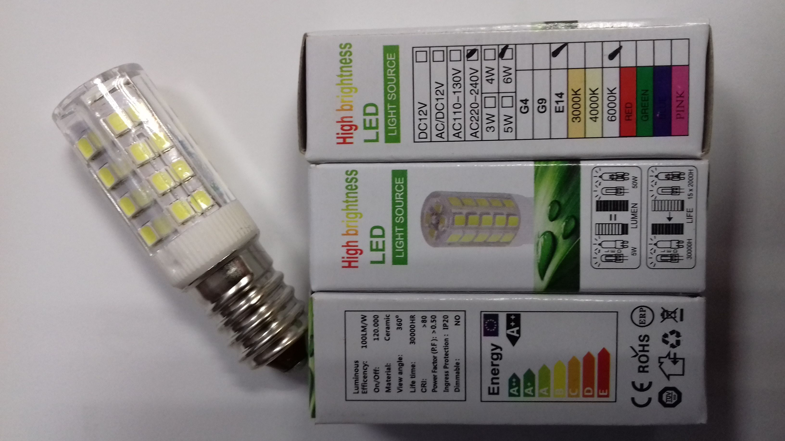 Žiarovka LED 230 V, 6 W so závitom